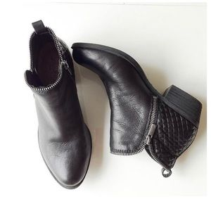 Lucky Brand Bartalino Ankle Booties